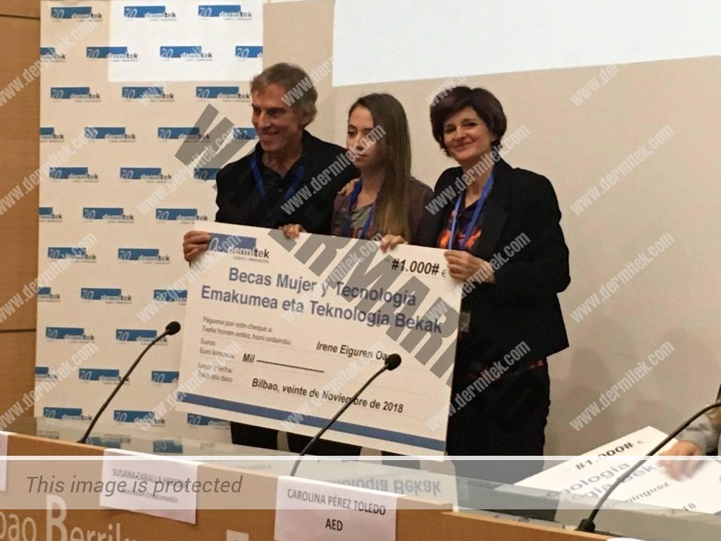 premiada con su cheque Dermitek de 1000 euros