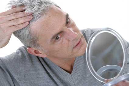 ¿Por qué se nos cae el cabello? ¿Qué se puede hacer?