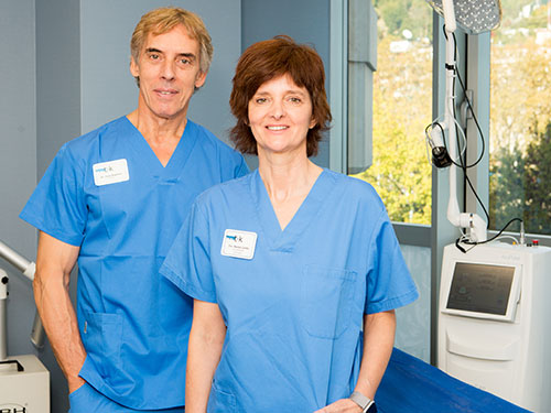Jose Azpiazu y Nerea Landa, socios directores y médicos en la clínica estética Dermitek.