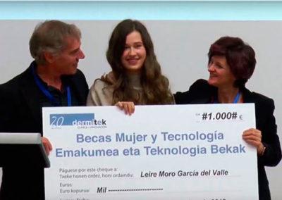 becas mujer y tecnología de Dermitek